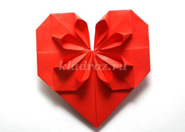 Поделка своими руками на день матери оригами