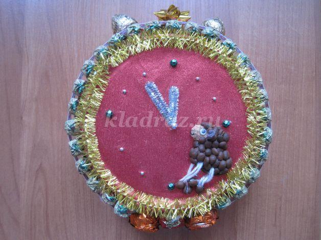 Новогодний подарок часы из конфет купить часы в красноярске цена