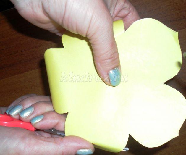 Цветы из бумаги креповой бумаги мастер класс