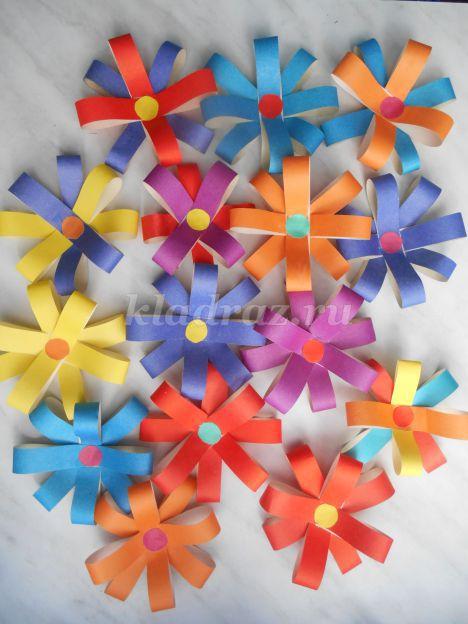 Объемная аппликация цветы из бумаги
