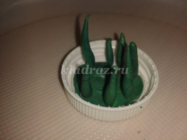 Аппликация из цветной бумаги с грибами