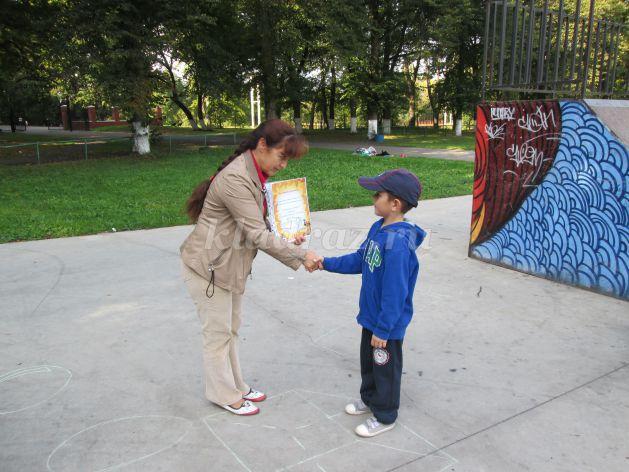 знакомство друг с другом для детей сценарий