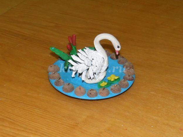 Как из шишек сделать лебедей из 749