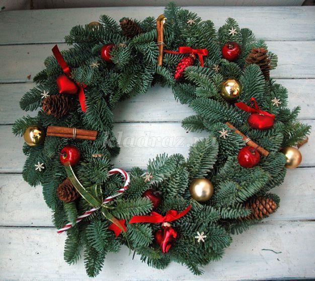 Рождественский венок своими руками на дверь