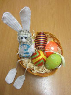 Мастер-класс по изготовлению мягкой игрушки «Зайчик с яйцом»