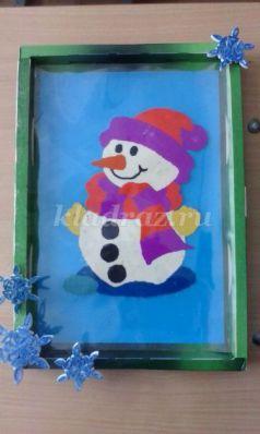 Обратная аппликация из пластилина «Веселый снеговик». Мастер-класс с пошаговым фото