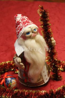 Чулочная кукла Дед Мороз. Мастер-класс с пошаговыми фото