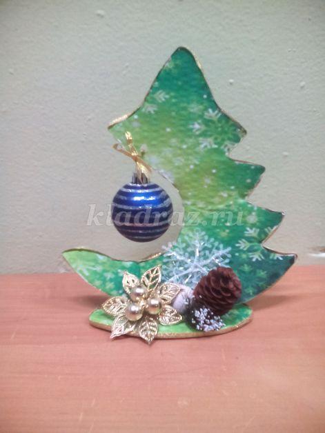 Новогодняя елка из картона своими руками фото 687