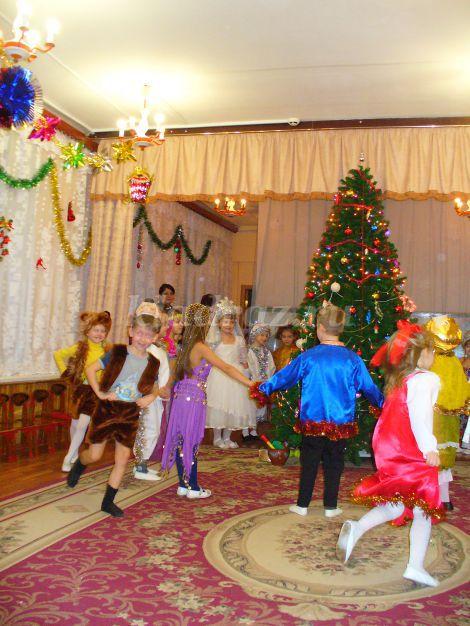 Сценарии новогодних сказок для старшей группы