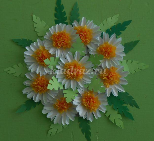 Как сделать цветок из гофрированной бумаги фото поэтапно для начинающих