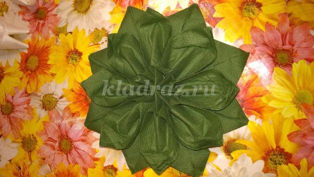 Цветок из салфеток бумажных своими руками