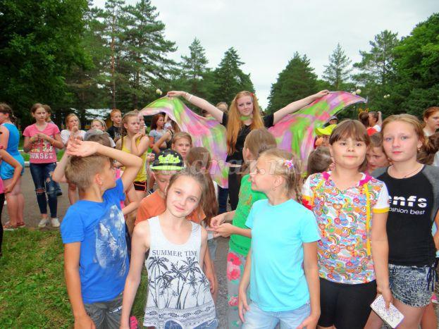 игры для летнего лагеря в школе знакомство