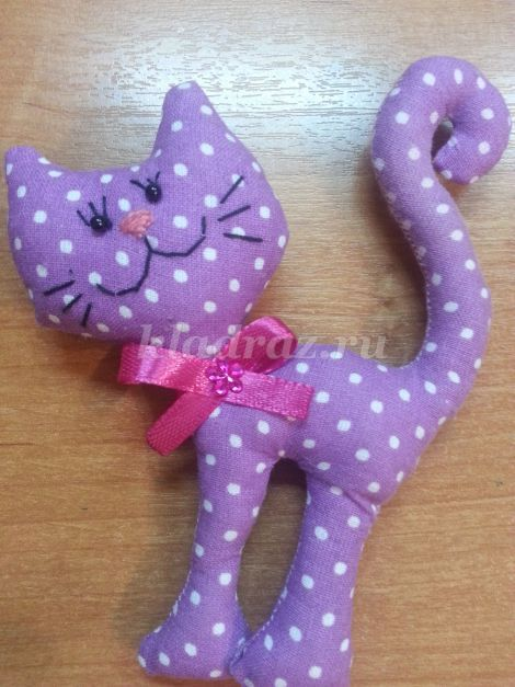 Игрушка кошка из ткани своими руками 50