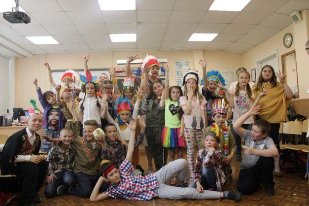День именинников в школе сценарий